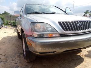 Lexus RX 2001 300 Silver | Cars for sale in Lagos State, Amuwo-Odofin