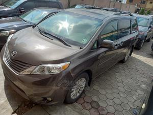 Toyota Sienna 2013 Limited FWD 7-Passenger Gray | Cars for sale in Lagos State, Ojodu