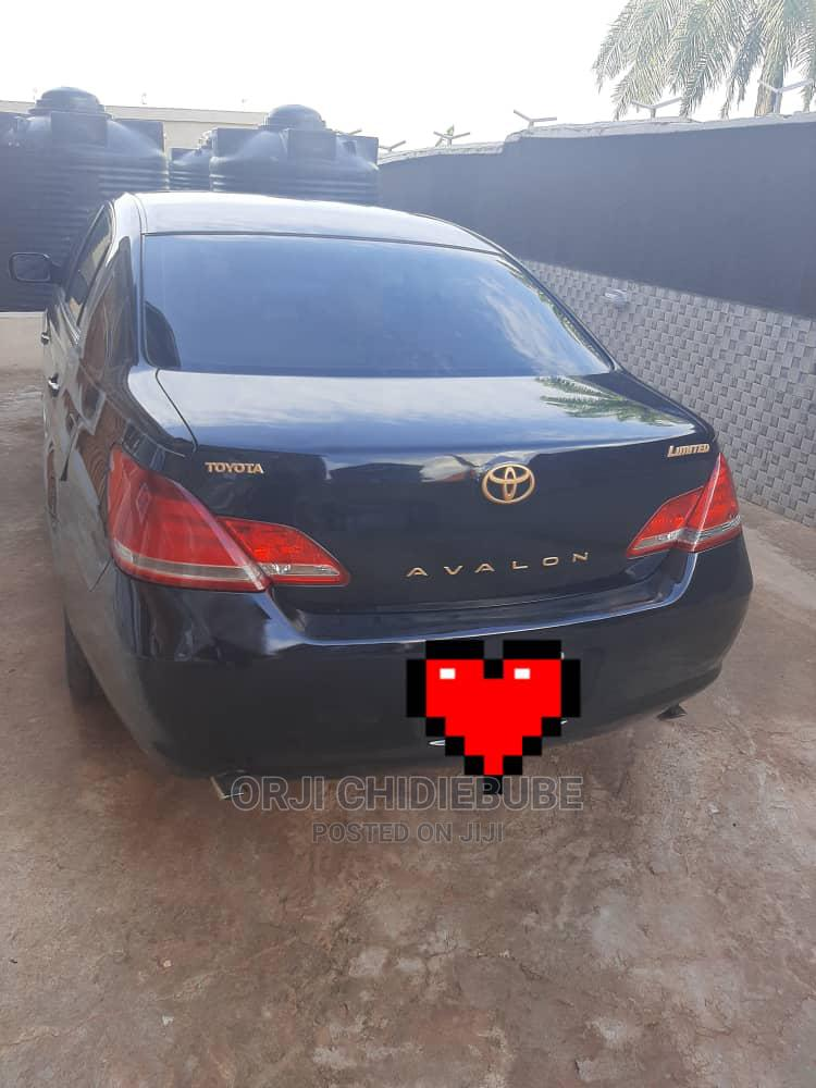 Archive: Toyota Avalon 2006 Limited Black