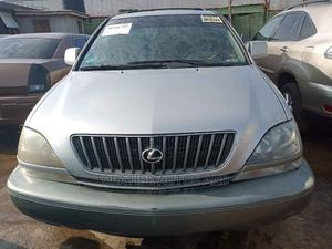 Lexus RX 2000 300 4WD Silver | Cars for sale in Lagos State, Ikeja