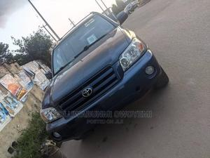 Toyota Highlander 2004 Limited V6 FWD Blue   Cars for sale in Lagos State, Agege