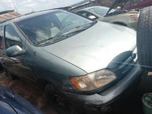 Toyota Sienna 2000 Blue | Cars for sale in Imo State, Owerri