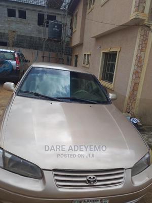 Toyota Camry 2000 Gold | Cars for sale in Lagos State, Ikorodu