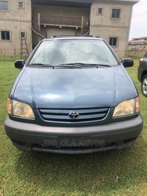 Toyota Sienna 2001 CE Blue   Cars for sale in Lagos State, Ojodu