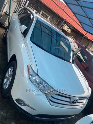 Toyota Highlander 2012 Hybrid White | Cars for sale in Lagos State, Ogba