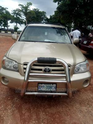 Toyota Highlander 2005 Limited V6 Gold   Cars for sale in Abuja (FCT) State, Lugbe District