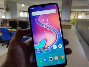 Infinix S4 64 GB Blue   Mobile Phones for sale in Lagos State, Ikeja