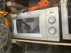 Original LG Microwave   Kitchen Appliances for sale in Abuja (FCT) State, Kubwa