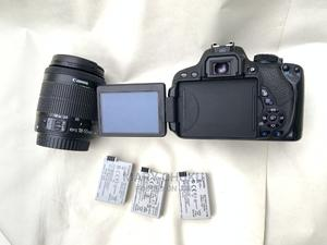 Canon 700d With 3 Batteries | Photo & Video Cameras for sale in Lagos State, Oshodi