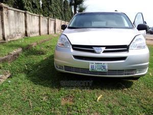 Toyota Sienna 2005 Silver | Cars for sale in Abuja (FCT) State, Garki 1