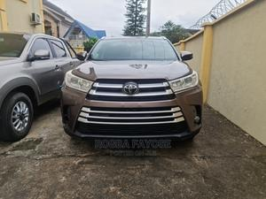 Toyota Highlander 2017 Brown | Cars for sale in Lagos State, Magodo