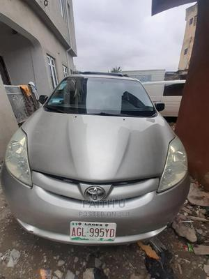 Toyota Sienna 2006 CE FWD Silver | Cars for sale in Lagos State, Ifako-Ijaiye