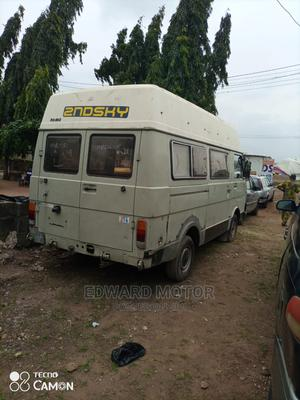 A Clean Tokunbo Volkswagen LT28 Desiel Engine. | Buses & Microbuses for sale in Lagos State, Alimosho
