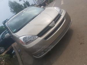 Toyota Sienna 2005 Gold   Cars for sale in Lagos State, Ikeja