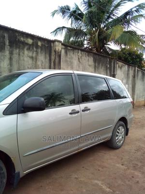 Toyota Sienna 2005 CE Silver   Cars for sale in Lagos State, Alimosho