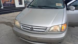 Toyota Sienna 2002 XLE Gray   Cars for sale in Lagos State, Ikeja