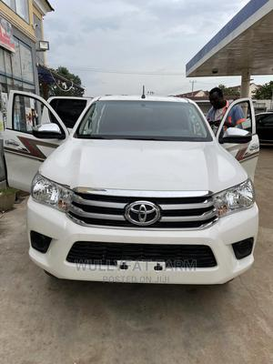 New Toyota Hilux 2019 White   Cars for sale in Abuja (FCT) State, Dakwo District