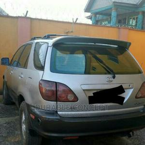 Lexus RX 2001 300 4WD Silver | Cars for sale in Lagos State, Ogba