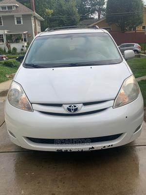 Toyota Sienna 2006 XLE AWD White | Cars for sale in Lagos State, Ikeja