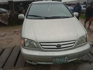 Toyota Sienna 2002 CE Silver | Cars for sale in Rivers State, Port-Harcourt