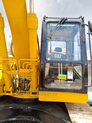 322 BL Caterpillar Excavator   Heavy Equipment for sale in Lagos State, Amuwo-Odofin