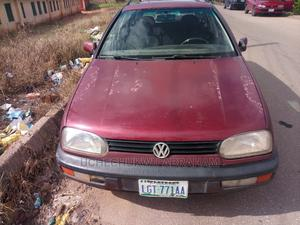 Volkswagen Golf 2000 1.6 Red | Cars for sale in Plateau State, Jos