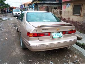 Toyota Camry 1999 Automatic Gold | Cars for sale in Lagos State, Surulere