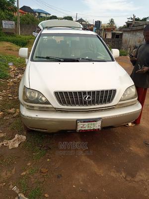 Lexus RX 2005 300 White | Cars for sale in Lagos State, Ikorodu