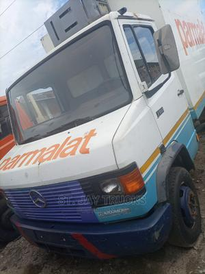 Mercedes Benz 711D   Trucks & Trailers for sale in Lagos State, Amuwo-Odofin
