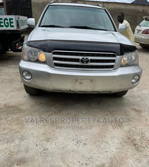 Toyota Highlander 2004 V6 AWD Silver | Cars for sale in Lagos State, Ikotun/Igando