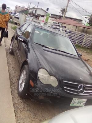 Mercedes-Benz C240 2003 Black | Cars for sale in Lagos State, Oshodi