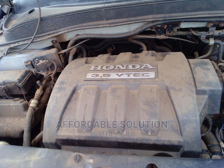 Archive: Honda Pilot 2005 Silver