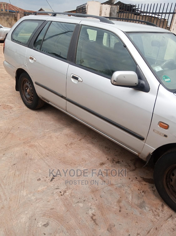 Nissan Primera 2000 2.0 Wagon Silver   Cars for sale in Osogbo, Osun State, Nigeria