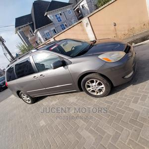 Toyota Sienna 2005 Gray   Cars for sale in Lagos State, Amuwo-Odofin