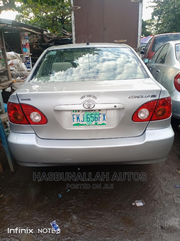 Toyota Corolla 2004 LE Silver