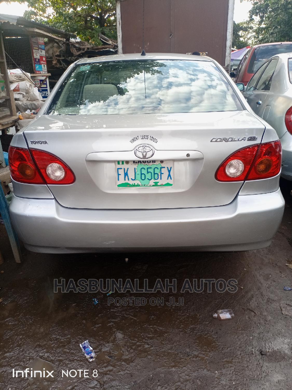 Toyota Corolla 2004 LE Silver | Cars for sale in Ifako-Ijaiye, Lagos State, Nigeria