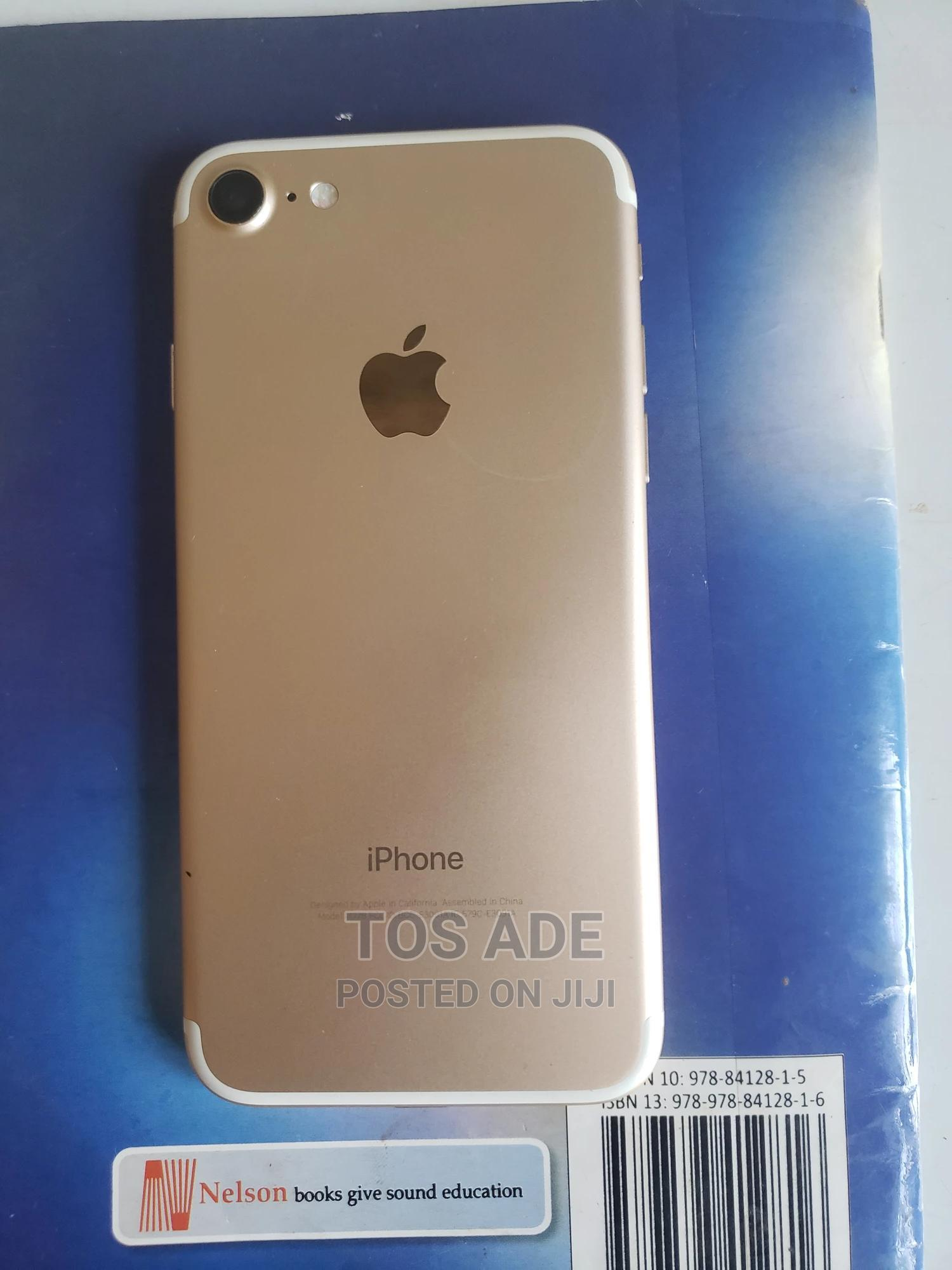 Apple iPhone 7 128 GB Gold   Mobile Phones for sale in Abeokuta South, Ogun State, Nigeria