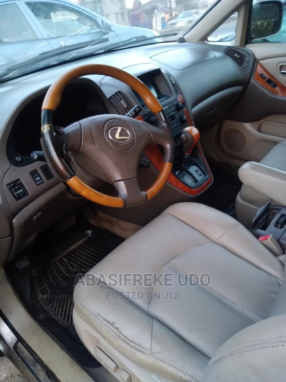Archive: Lexus RX 2002 Gold