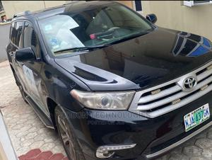 Toyota Highlander 2013 Limited 3.5l 4WD Black | Cars for sale in Lagos State, Ilupeju