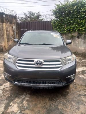 Toyota Highlander 2013 Limited 3.5l 4WD Gray   Cars for sale in Lagos State, Isolo