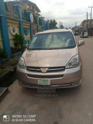 Toyota Sienna 2005 XLE Gold | Cars for sale in Lagos State, Alimosho