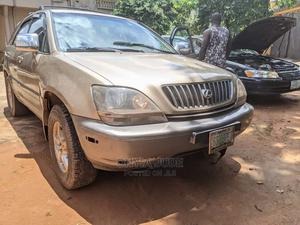 Lexus RX 2002 300 4WD Gold | Cars for sale in Anambra State, Nnewi