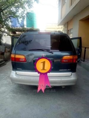 Toyota Sienna 2000 LE & 1 Hatch Green | Cars for sale in Lagos State, Gbagada