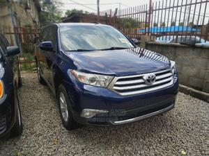 Toyota Highlander 2013 3.5L 4WD Blue | Cars for sale in Abuja (FCT) State, Garki 2