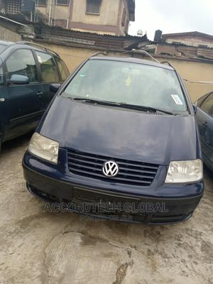 Volkswagen Sharan 2002 Automatic Blue   Cars for sale in Lagos State, Ifako-Ijaiye