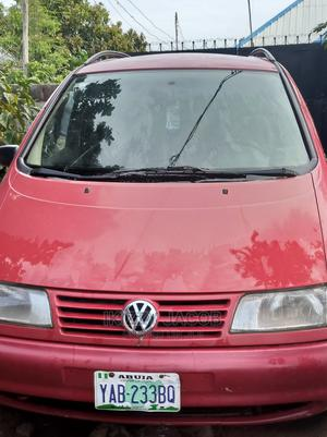 Volkswagen Sharan 2000 2.8 Red | Cars for sale in Abuja (FCT) State, Lugbe District