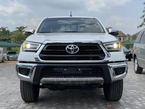 New Toyota Hilux 2021 White | Cars for sale in Abuja (FCT) State, Mabushi