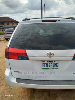 Toyota Sienna 2005 XLE White | Cars for sale in Edo State, Benin City