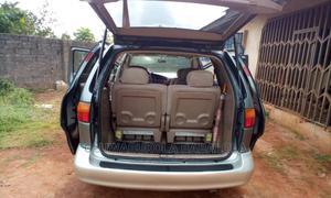 Toyota Sienna 2002 LE Gray   Cars for sale in Ogun State, Ado-Odo/Ota