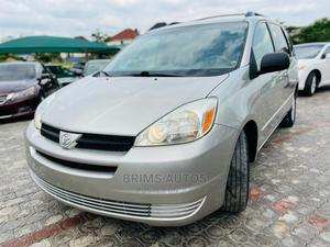 Toyota Sienna 2005 LE AWD Gray   Cars for sale in Abuja (FCT) State, Mabushi